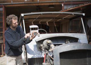 Designer shows car design